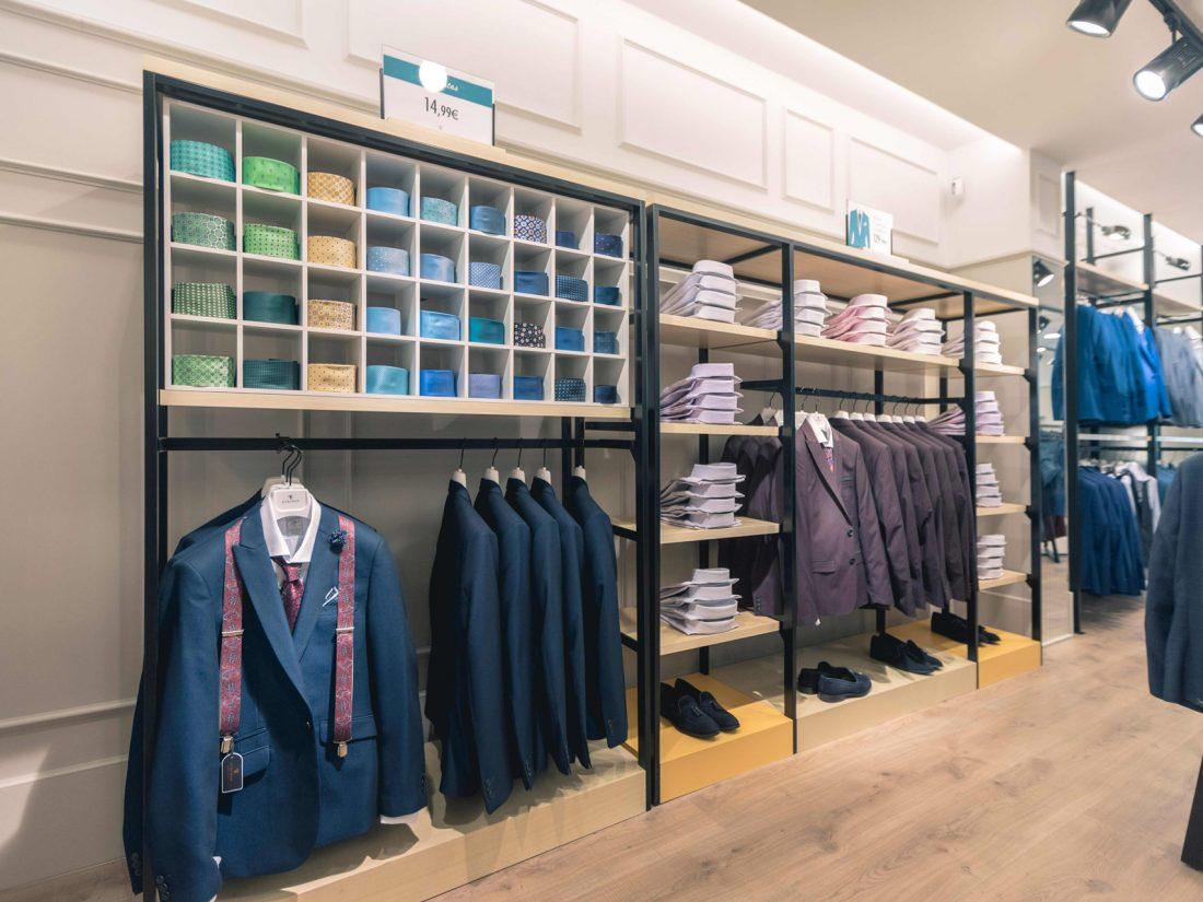 Detalle Interior Tienda. Poniendo cara a tu negocio. Reforma de locales PuroEGO en Salamanca | Drékaro Negocios