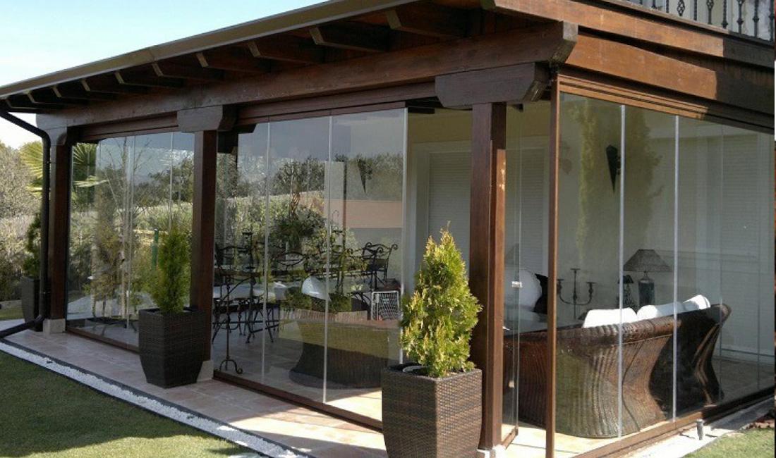 Ventanas y Cerramientos | Cerramiento porche plegable | Plan Luz Natural | Drékaro