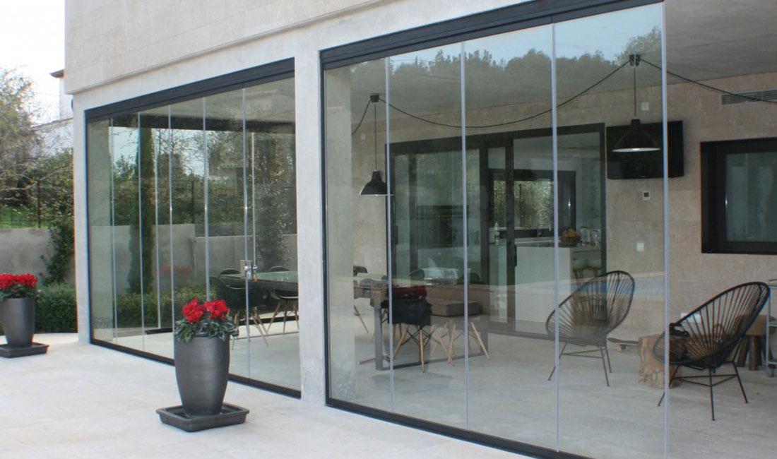 Ventanas y Cerramientos | Cerramiento terraza plegable | Plan Luz Natural | Drékaro
