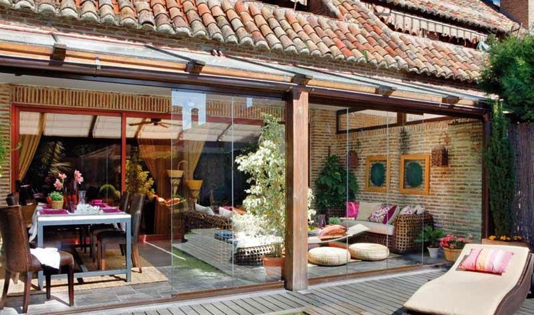 Ventanas y Cerramientos | Cerramiento porche rústico | Plan Luz Natural | Drékaro