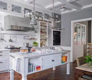 Reformar tu cocina | Estanterías a la vista Cocina Estilo Clásico | Tendencias 2018 Drékaro