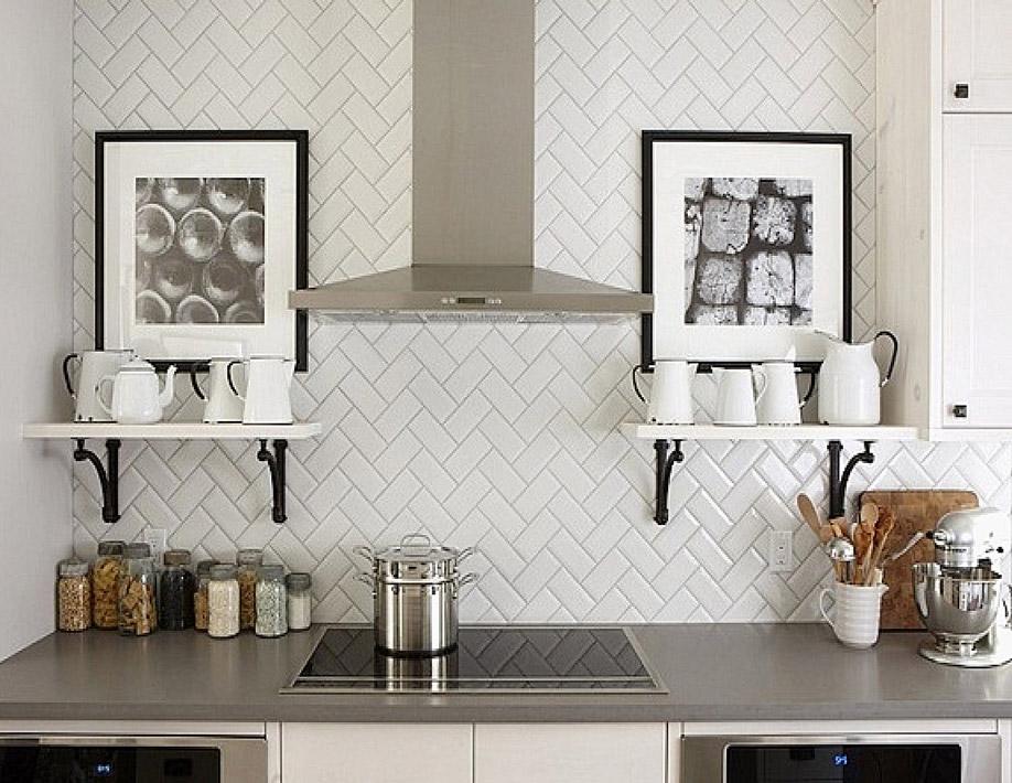 Reformar tu cocina | Paredes Subway Tiles en Espiga | Tendencias 2018 Drékaro