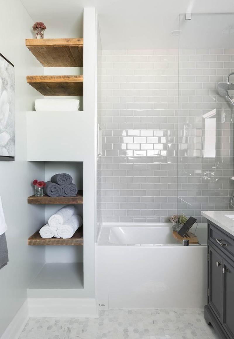 Urban Bath | Estanterías abiertas de obra | Especial Baños Pequeños | Tendencias Reformas 2019 | Drékaro