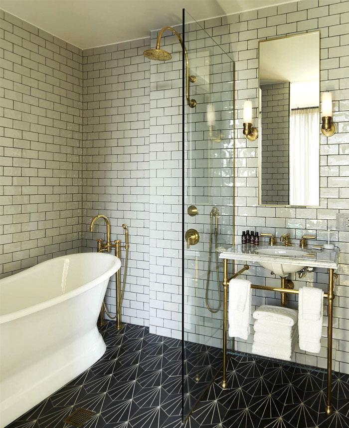 Classic Family Bath | Luxe Decor con Griferías y Complementos de Cobre | Especial Baños Familiares | Tendencias Reformas 2019 | Drékaro