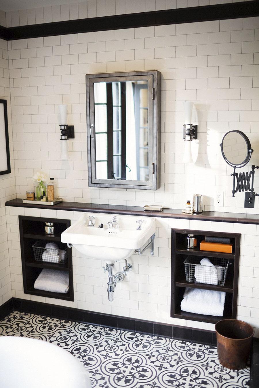 Classic Family Bath | Estanterías de Obra Lavabo a la Vista | Especial Baños Familiares | Tendencias Reformas 2019 | Drékaro