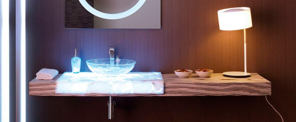 Luxury Spa | Encimera de Alabastro Iluminada | Especial Baños de Lujo | Tendencias Reformas 2019 | Drékaro